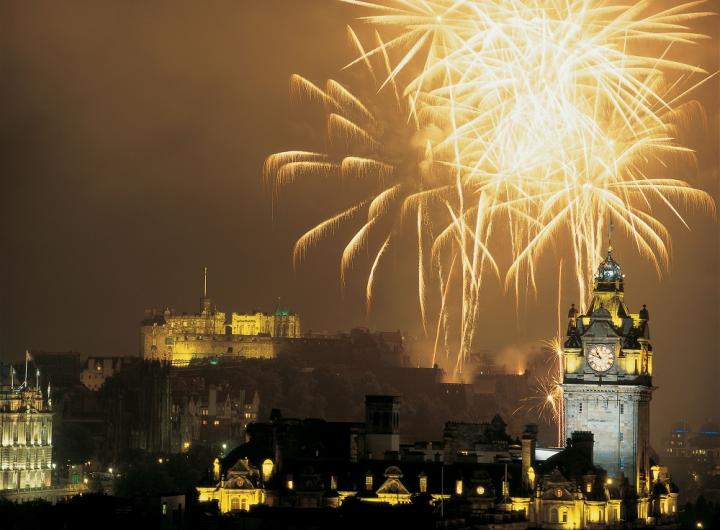 Fireworks over the castle at the end of the Edinburgh International Festival